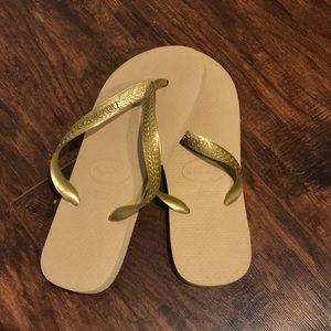 Shoes - Havianas Flip Flops